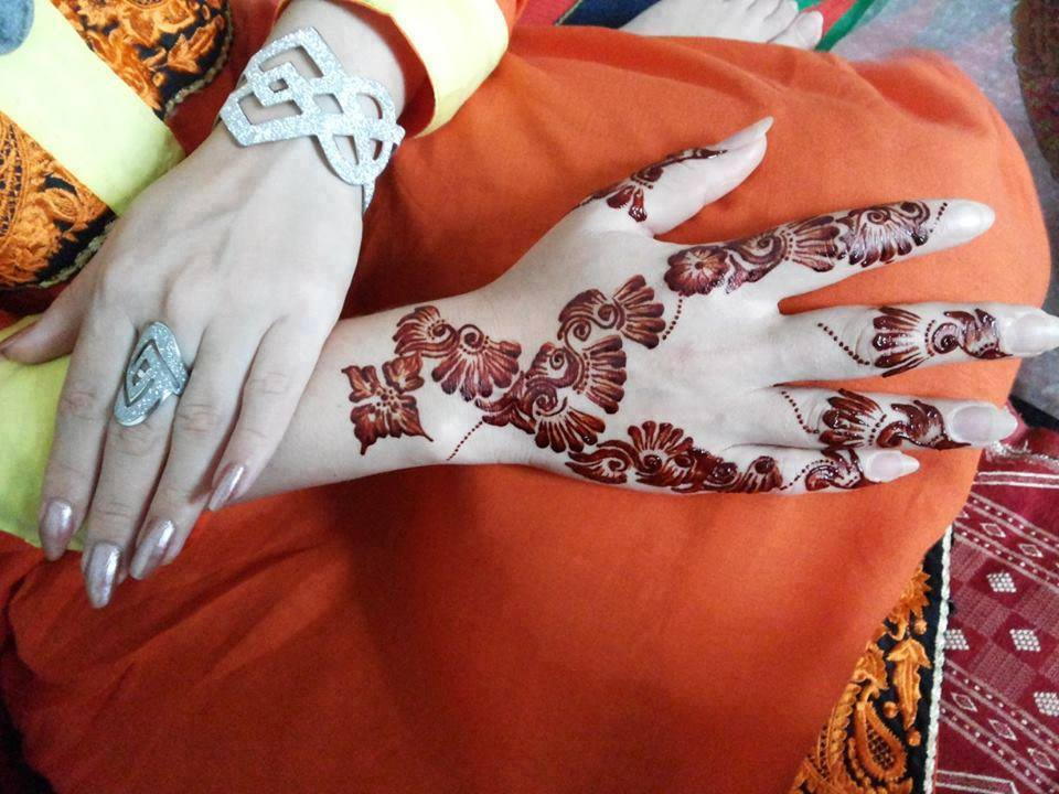 Bridal Mehndi Bunches : New mehndi bunch designs. free designs with