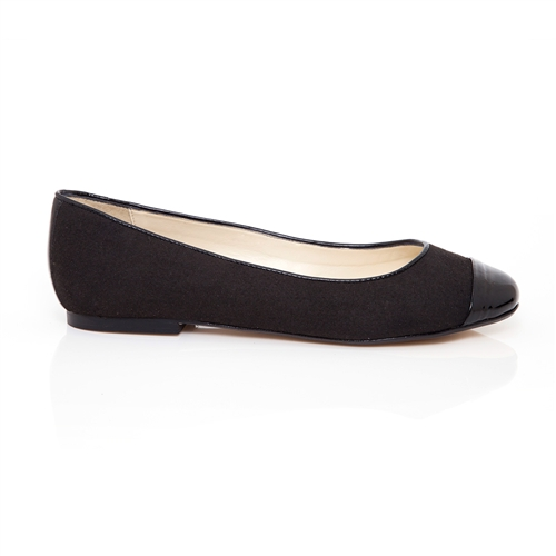 Built for comfort and style, Naturalizer shoes for women offer on-trend appeal mixed with all day comfort. Shop Naturalizer today.